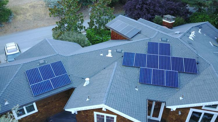 Palo Alto's rooftop solar market clouded by new rules - San