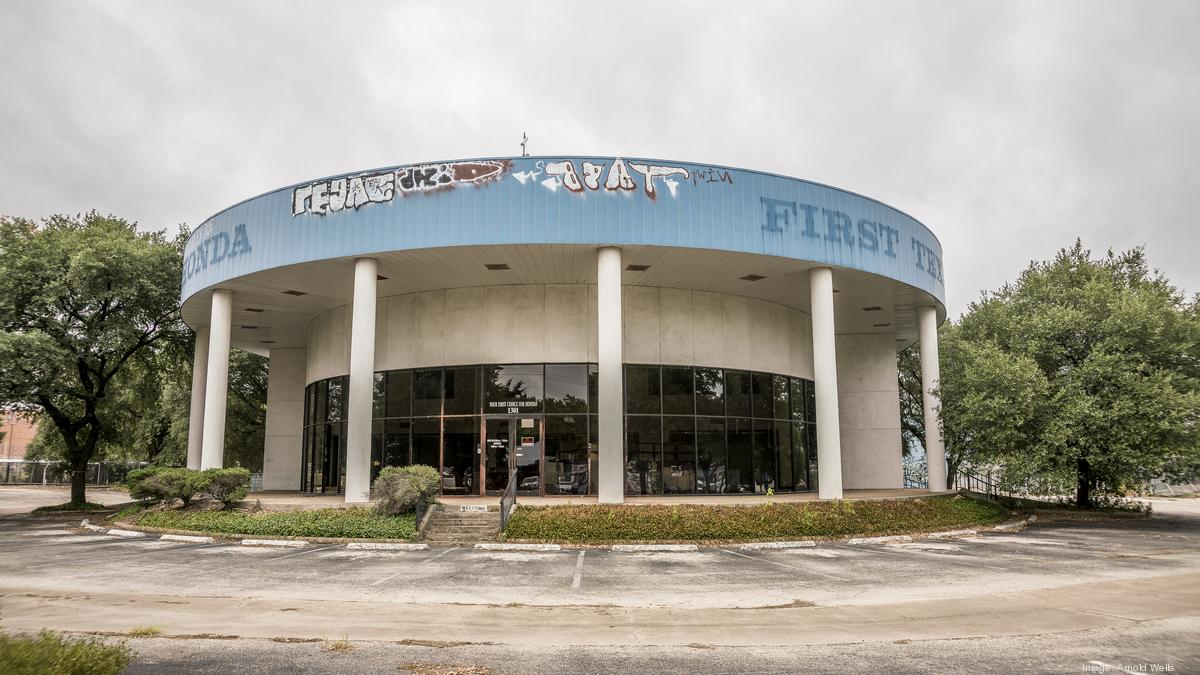 Apartments likely to replace North Austin Honda dealer - Austin Business  Journal