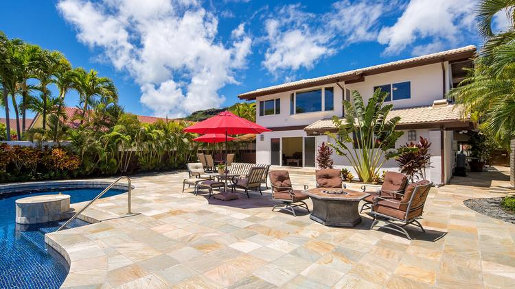 This Four Bedroom, 4.5 Bath 3,462 Square Foot Home In Hawaii Kai