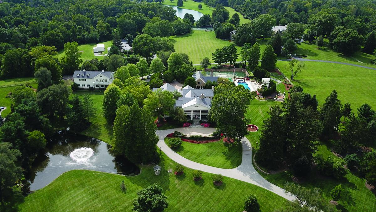 Lindners Sell Longtime Indian Hill Home Photos Cincinnati Business Courier