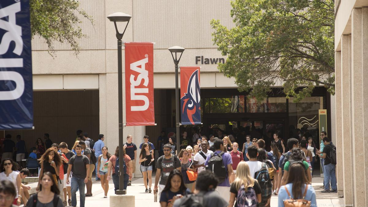 Utsa Graduation 2020.Utsa To Launch College For Health Community And Policy In