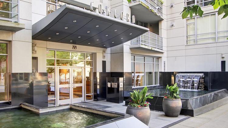 interior designer salary seattle waterfront