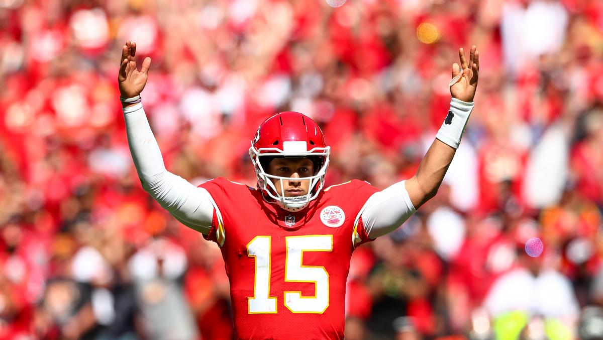 9b96717e198 Chiefs star Mahomes launches charity called '15 and the Mahomies ...