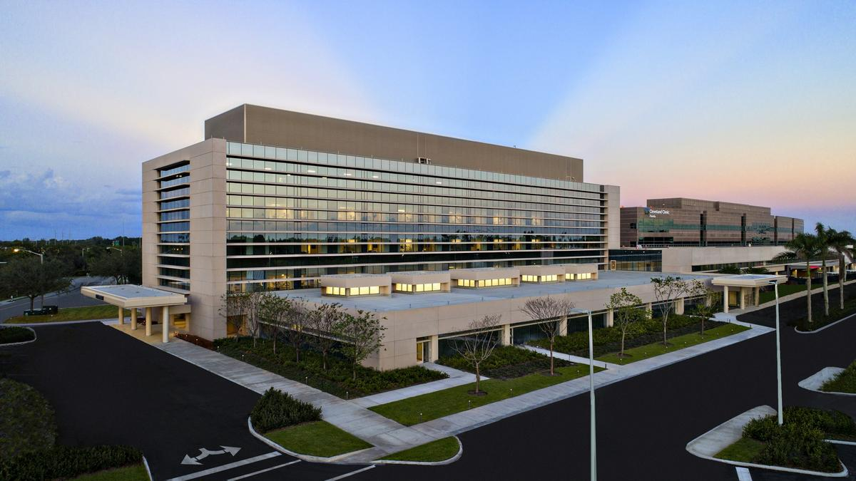 Cleveland Clinic Florida opens expansion of Weston hospital