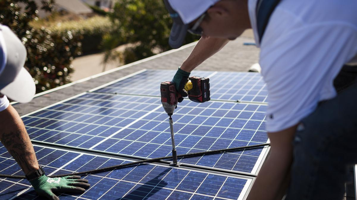 How Many Acres Of Solar Power Panels Do 1 000 Homes Need Denver Business Journal