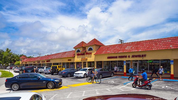 Boca Raton Shopping >> James Batmasian Buys Winfield Plaza In Boca Raton South