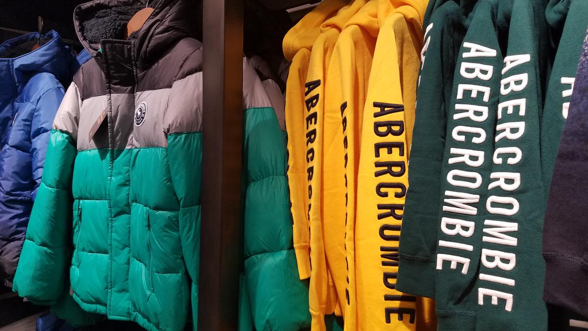 Abercrombie cutting COO amid restructuring - Columbus Business First