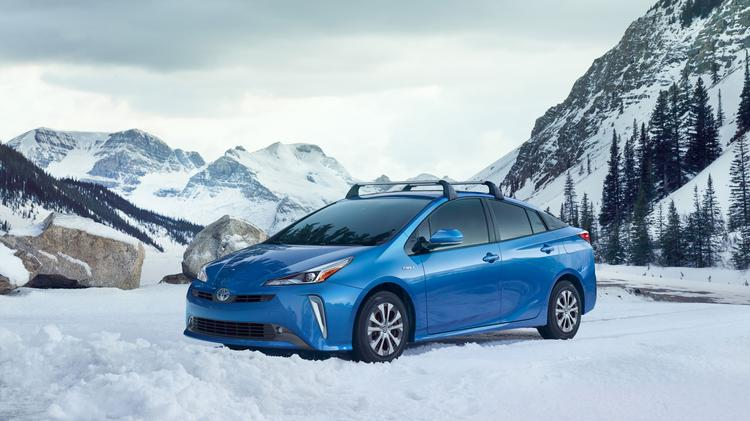 Automotive Minute Toyota Adds Part Time Electric All Wheel Drive To The 2019 Prius Photos