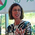 Abigail <strong>Johnson</strong> named CEO of Fidelity parent; her father remains chairman