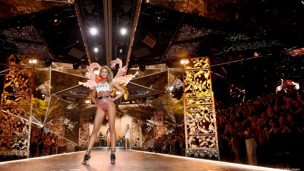 Victoria S Secret Fashion Show Does This Celebrate Women Damn