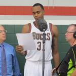 Schwanke-Kasten Jewelers president meets with Bucks' <strong>John</strong> <strong>Henson</strong> on racial profiling claims