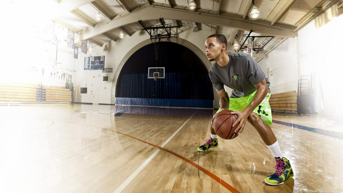 69c0422724cd These new jobs at Under Armour will allow you to work with Stephen Curry