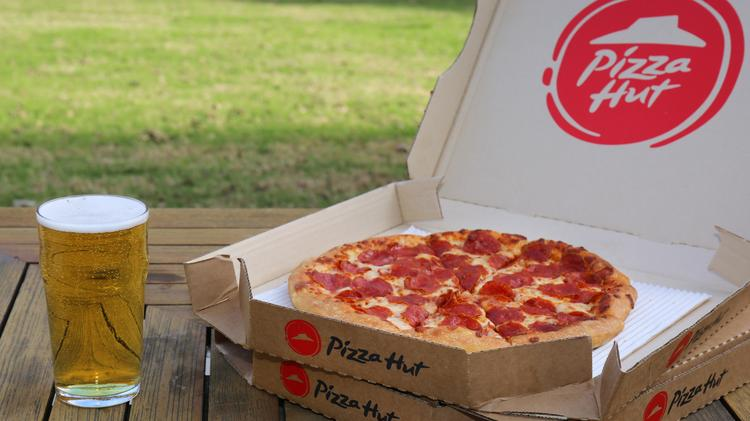 Pizza Hut Is Expanding Its Beer Delivery Service But Not