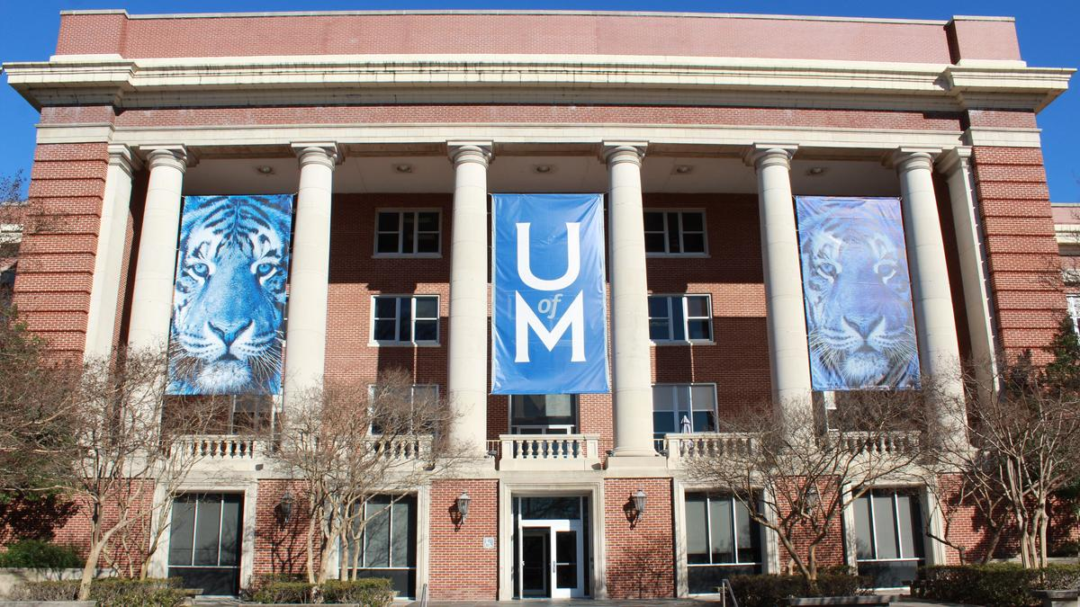 University of Memphis engineering professor scores $453K award to research microplastic pollution - Memphis Business Journal