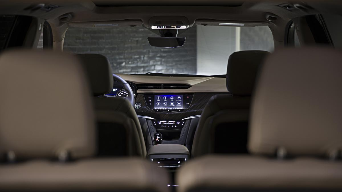 Three-row 2020 Cadillac XT6 debuts in Detroit, disappoints - Atlanta Business Chronicle