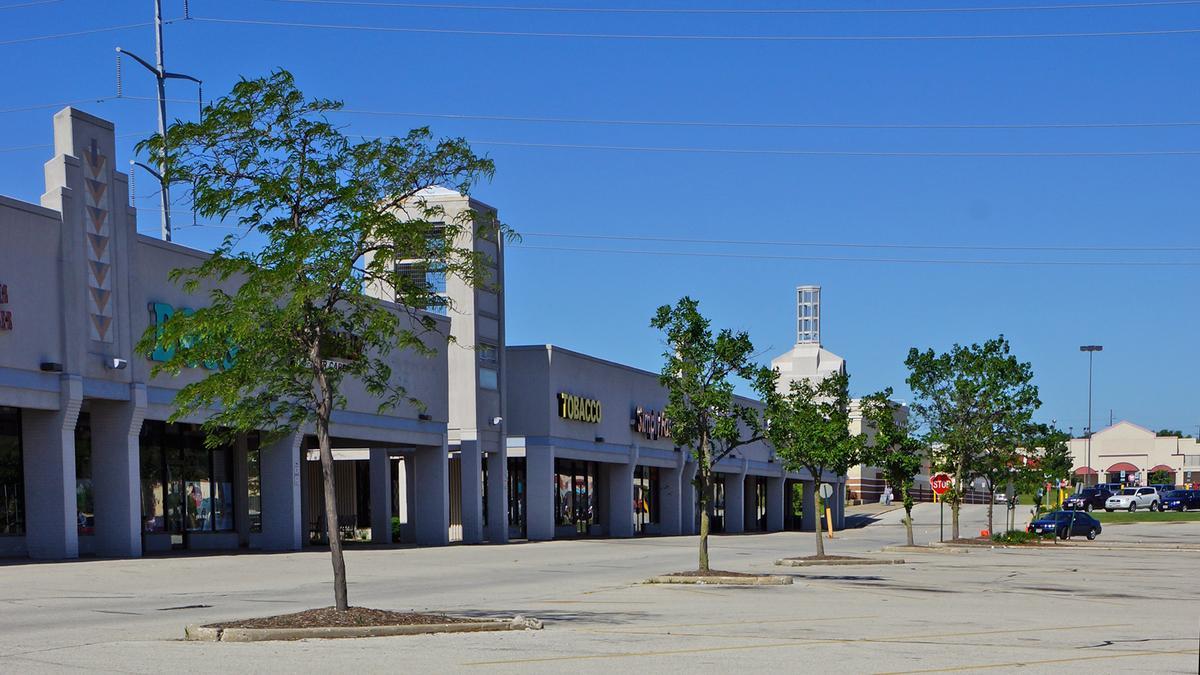 Strip Mall Near Northridge Sold To Bachan Singh