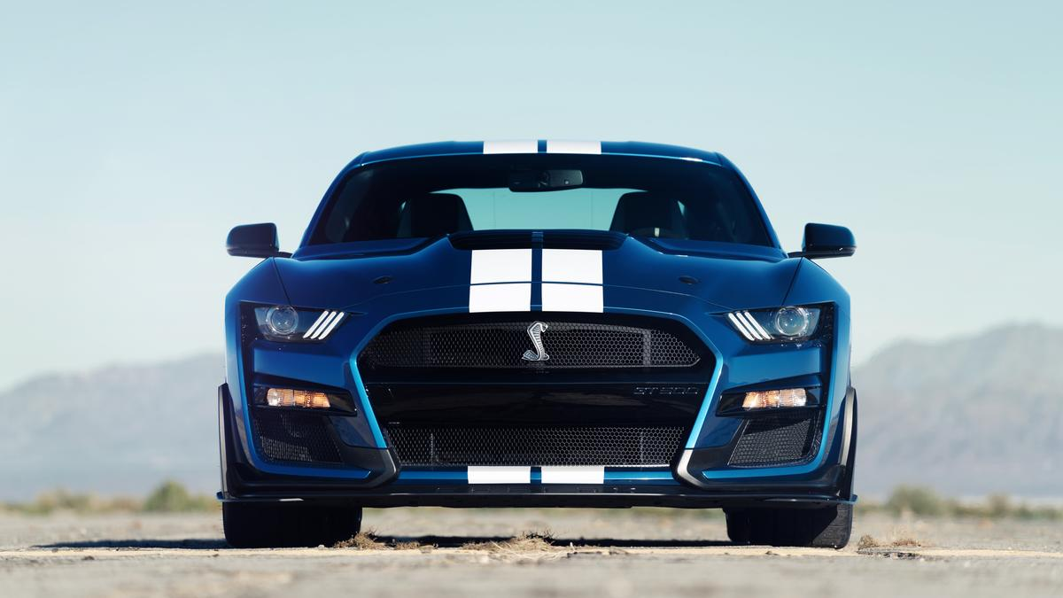 Ford mustang shelby gt500 the most powerful street legal mustang ever debuts at detroit auto show columbus business first