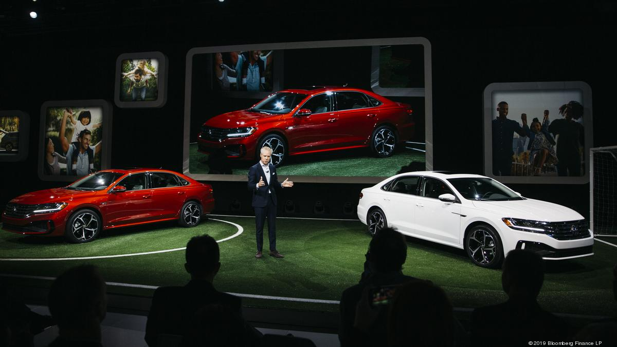 ​Tesla sideswiped by electric car buzz at Detroit auto show - Birmingham Business Journal