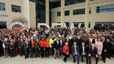 Sixth terminal in sights as DFW Airport earns Airport of the Year title - Dallas Business Journal