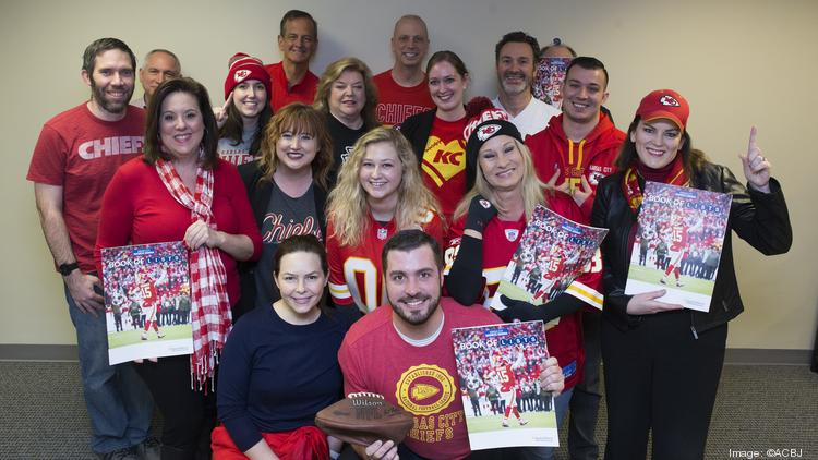 Show Off Your Office S Red Friday Photos Ahead Of Chiefs Texans Game Kansas City Business Journal