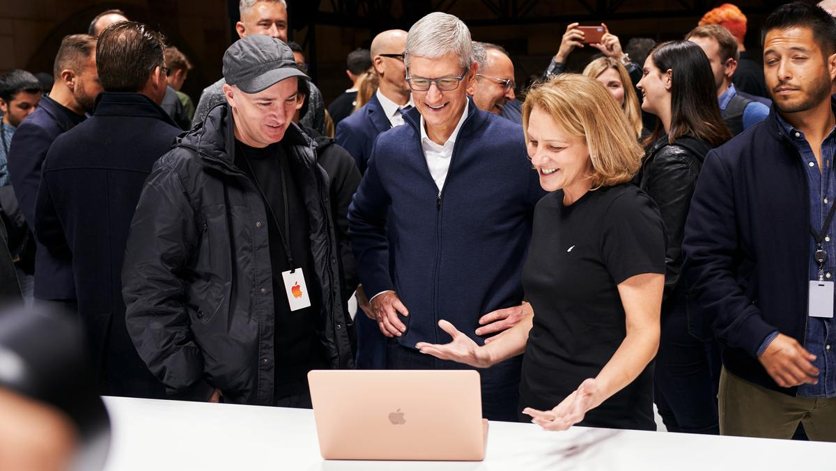 Apple's executive shakeup suggests post-iPhone focus on services - Silicon Valley Business Journal