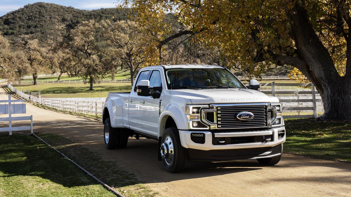 Ford reveals 2020 F-Series Super Duty, teases its highest-ever towing and payload ratings ...