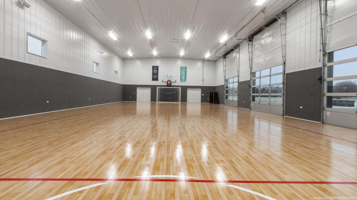 Southeast Wisconsin estate with massive indoor gym hits market at $1.6M - Milwaukee Business Journal