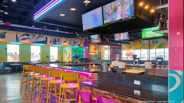Mellow Mushroom opens in St. Charles.