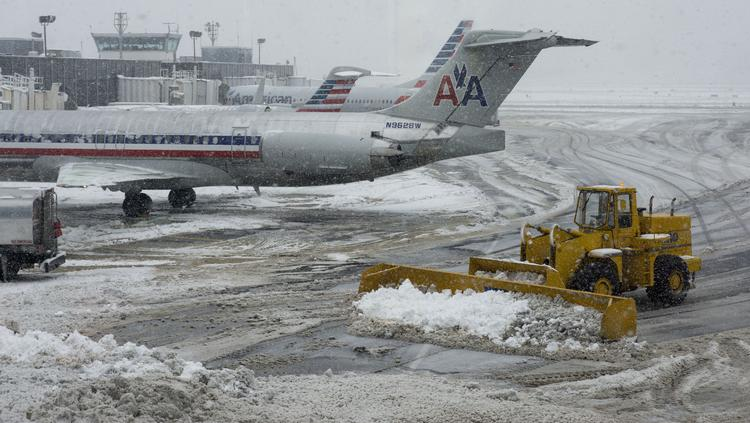 FAA moving to reduce weather-related flight delays at U S