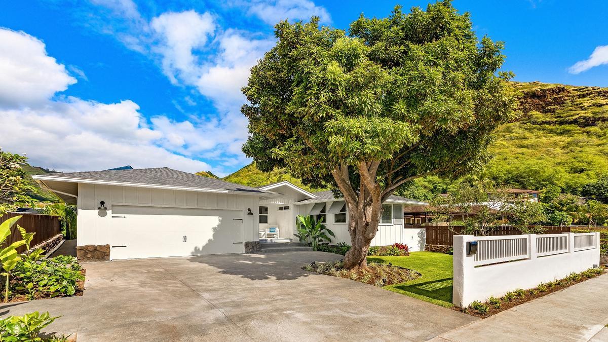 Oahu Luxury Home Sales Decline In February