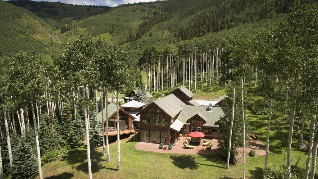 See inside Melanie Griffith's Aspen log-home retreat that just sold for $4M