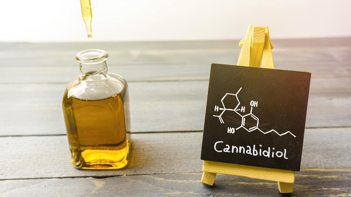 CBD oil to be sold in Walgreens and CVS - Bizwomen
