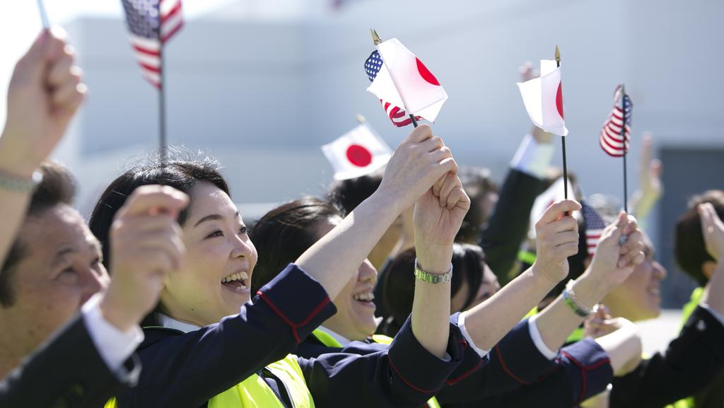 Asian carriers converge at Sea-Tac as airline industry gravitates to China