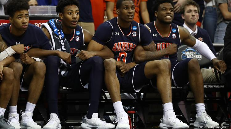 A Look At The Apparel Deals Of The Men S Final Four Teams