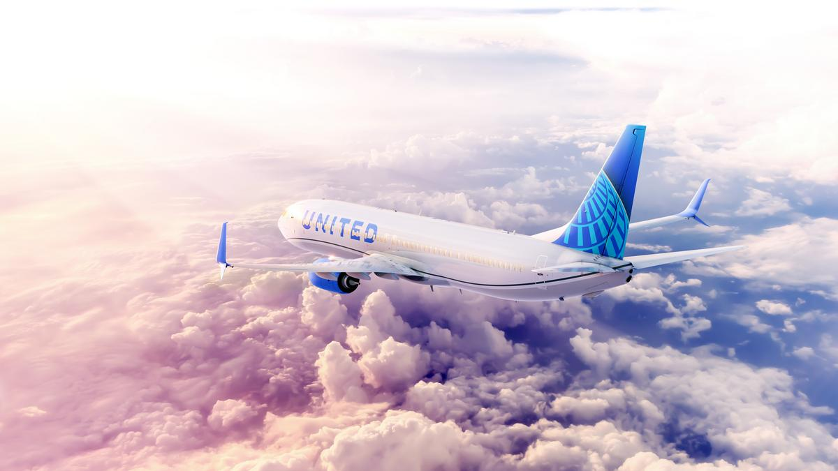United Airlines Replacing Plane Cooling And Power Equipment At Key Hubs Chicago Business Journal