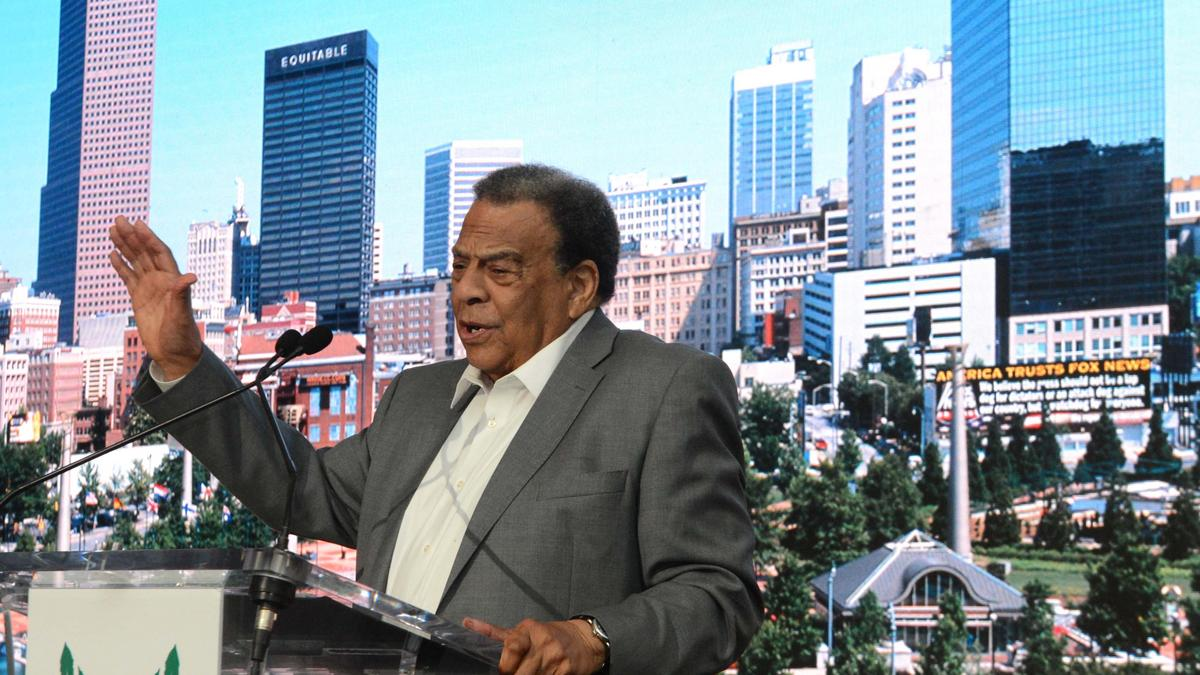 Billy Payne, Andrew Young celebrate Centennial Olympic