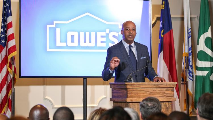 WSJ: Lowe's to lay off thousands of employees from stores