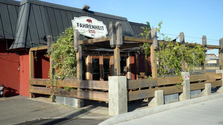 916 Esport Bar Replacing Fahrenheit 250 Bbq Sacramento