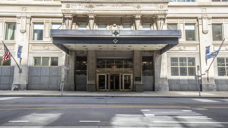 Milwaukee Athletic Club's Snake Pit lounge discovered