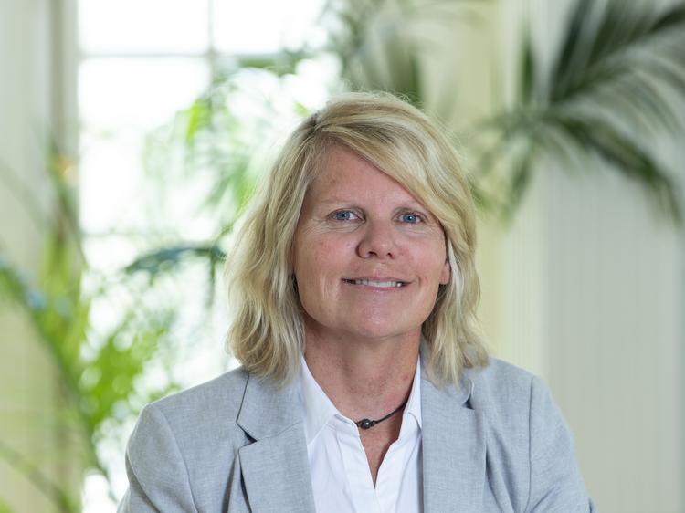 Jennifer Kinney - Denver Business Journal
