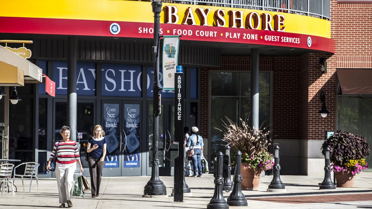 Boston Store has 6 more store locations within 50 miles, besides the location at Bayshore Town Center.