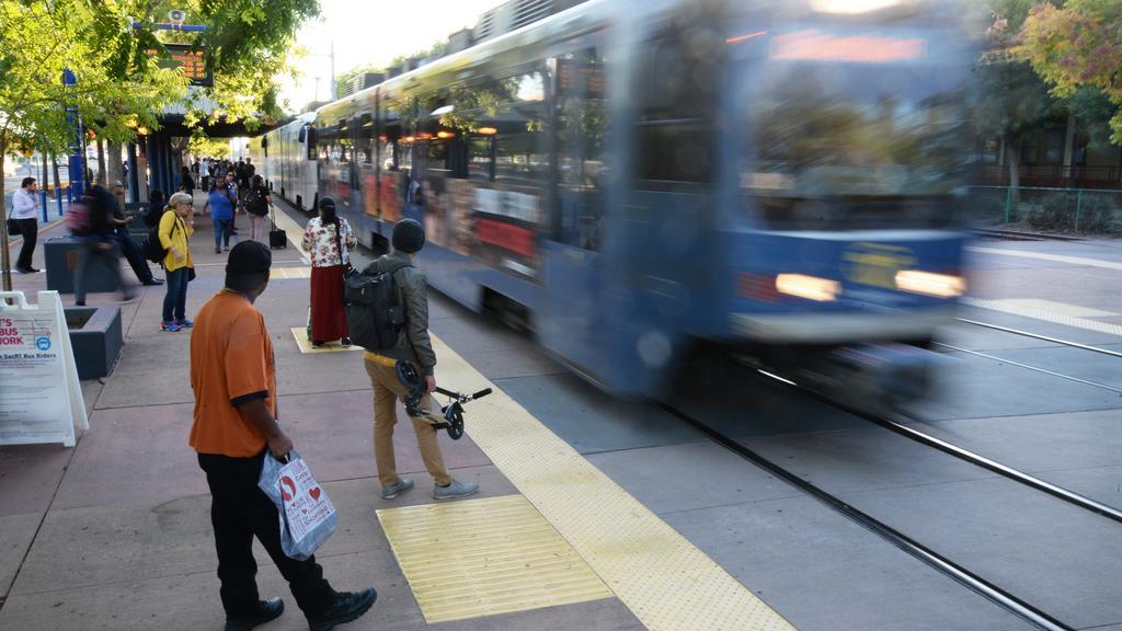 Sacramento exploring alternative to streetcar