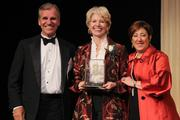 Robert Olson of Dinsmore, with honoree Cathy Crain of the Cincinnati Opera and Susan Zaunbrecher of Dinsmore.