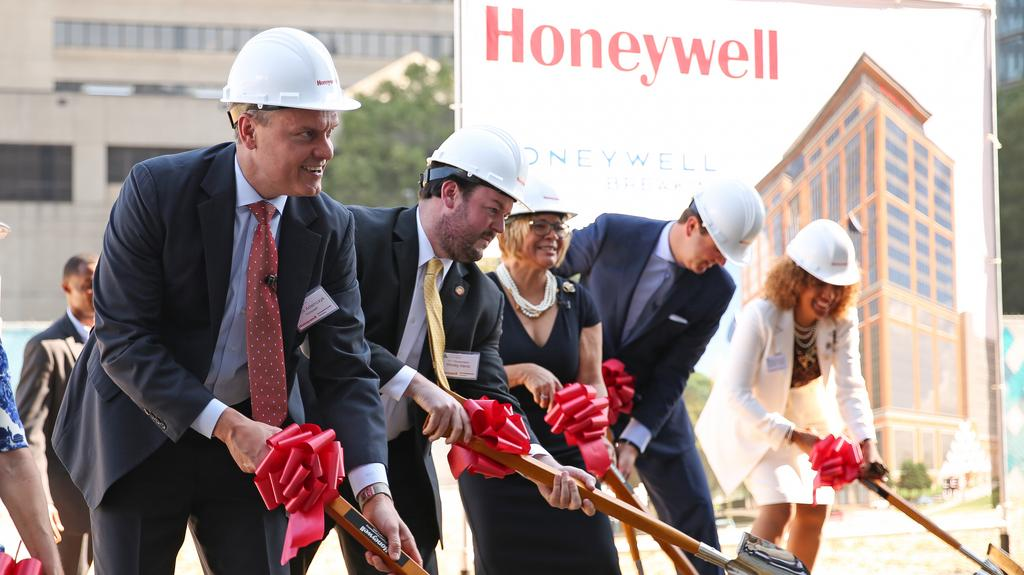 Honeywell CEO says new HQ building is hopefully first of many in Charlotte (Photos)