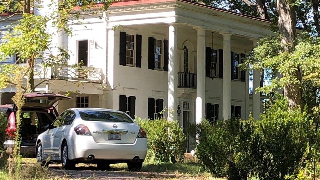 Cary couple buys Raleigh estate at center of legal battle, plans to demolish it and rebuild