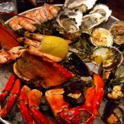 The Grand Platter with half a crab thrown in for good measure