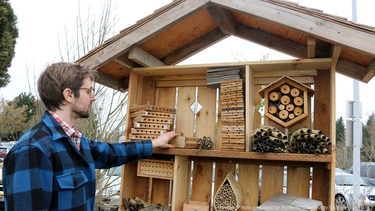 Portland Community College is certified as a Bee Campus USA affiliate. The Rock Creek campus features an on-campus apiary promoting bee education related to pollinator protection.