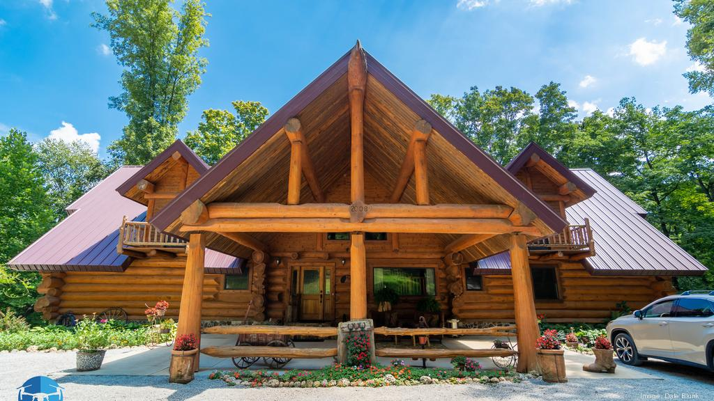 The lavish 91-acre Legacy Lodge is on the market near Louisville (PHOTOS)