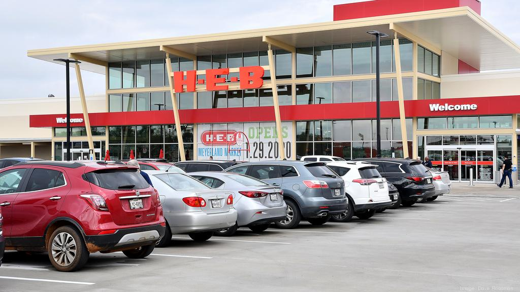 Photos: H-E-B opens Meyerland store, offering kosher options