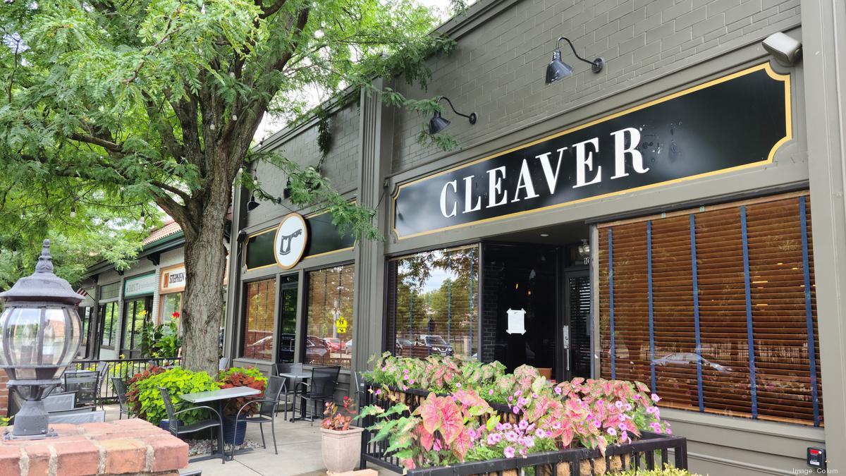 Restaurant news: Beer at Bob Evans, Urban Chophouse opens, hot dogs downtown - Columbus Business First